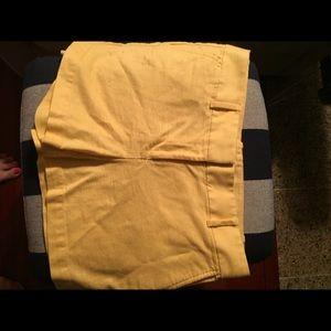 Ann Taylor LOFT yellow shorts size 6